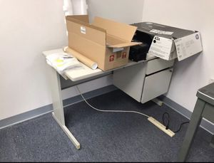 Office desk for Sale in Takoma Park, MD
