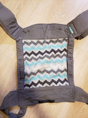 Infantino baby wrap carrier for Sale in Lanham, MD