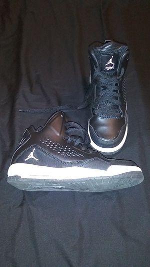 5d6ac6795348e9 Boys Jordan Flight shoes size 4.5Y for Sale in Covina