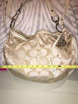 Authentic Coach Hobo with dust cover for Sale in Spout Spring, VA