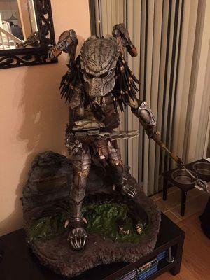 "Custom 1/2 Scale Predator Statue 40"" tall , Not Sideshow, Alien vs Predator for Sale in Kissimmee, FL"