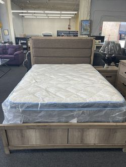 Queen Size Bed Set  Thumbnail