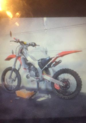 Wanted:dirt bikes for Sale in Fort Washington, MD