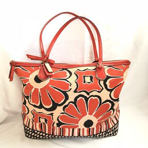 Coach Poppy Flower Scarf Print Large Tote $298 for sale  Tulsa, OK