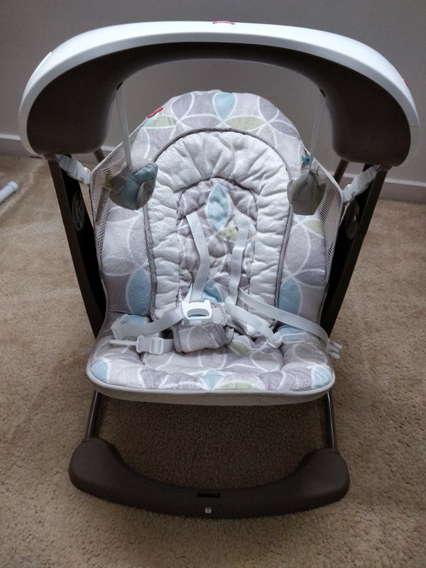 Fisher-Price Deluxe Take Along Swing and Seat for Sale in Newark, DE -  OfferUp