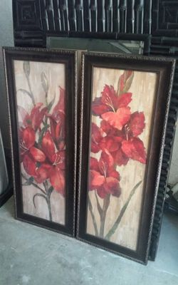 Home interior pictures stand about 2.5 or 3ft tall paid 40 each asking 40 obo for both Thumbnail