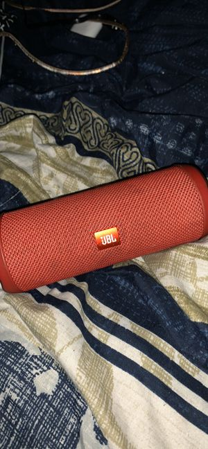 Photo JBL flip 4 just need android charger or best offer