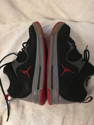 Jordan Nike Air Flight TR '97 Low Top SNEAKERS Basketball Shoes id 574417-011 Good Condition see pics for Sale in Spotsylvania Courthouse, VA