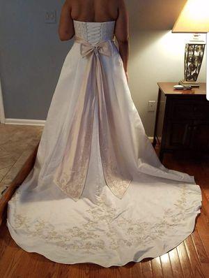 Wedding dress for Sale in Warrenton, VA