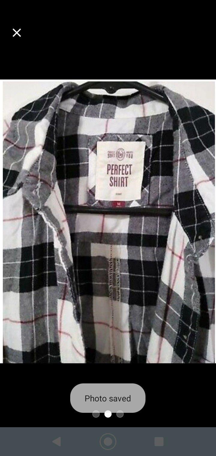 Women's Buffalo Plaid Button Down Shirt Medium