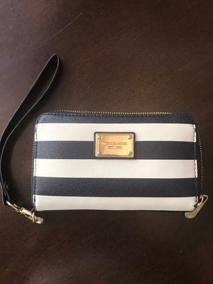 Michael Kors wallet for Sale in Phoenix, AZ
