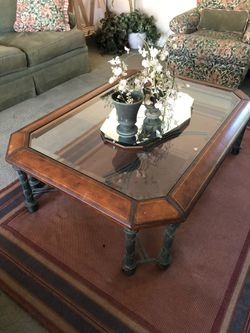 High end coffee table and end table Thumbnail
