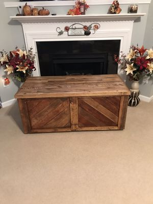 Beautiful Unique Handcrafted Blanket Chest /Coffee Table/Storage Chest/Brand New for Sale in Cary, NC