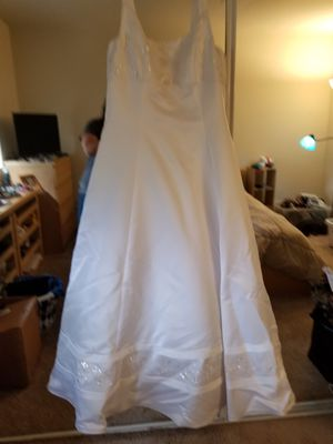 Wedding dress and veil for Sale in Sykesville, MD