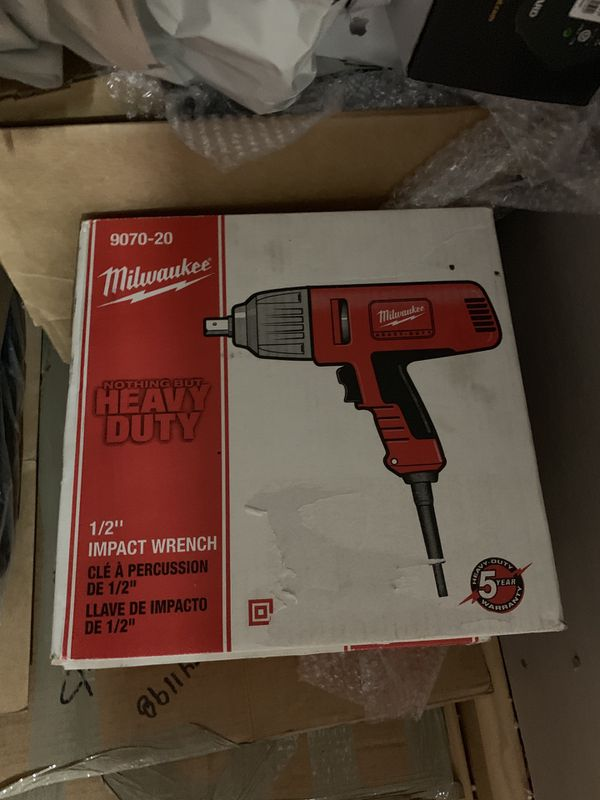 Milwaukee 1 2in Corded Impact Wrench Model 9070 20