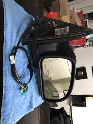2008-2009 Chevy Trailblazer SS Passenger Mirror Gm Oem part for Sale in Brooklyn, NY