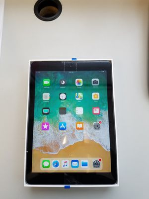 Apple ipad Air Cellular+Wifi 32gb black unlocked for Sale in MONTGOMRY VLG, MD
