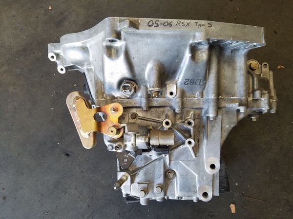 K20z1 rsx type s transmission 6 spd k20 for Sale in Ontario, CA - OfferUp