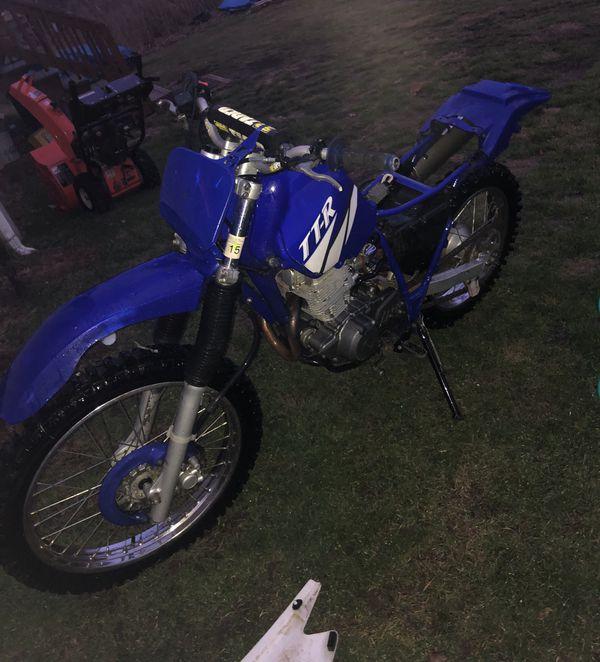 2002 yamaha 225 dirt bike