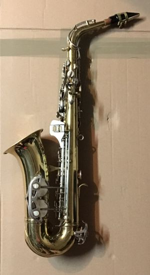 Shooting Star Alto Saxophone (Sax) for Sale in Winter Garden, FL