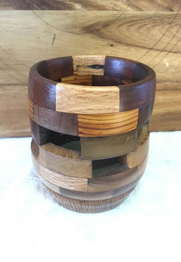Segmented bowl for Sale in Simpsonville, SC - OfferUp