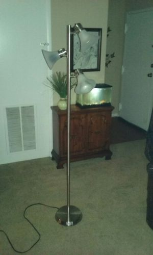 3 tier stainless steel floor lamp in excellent condition for Sale in Gaithersburg, MD