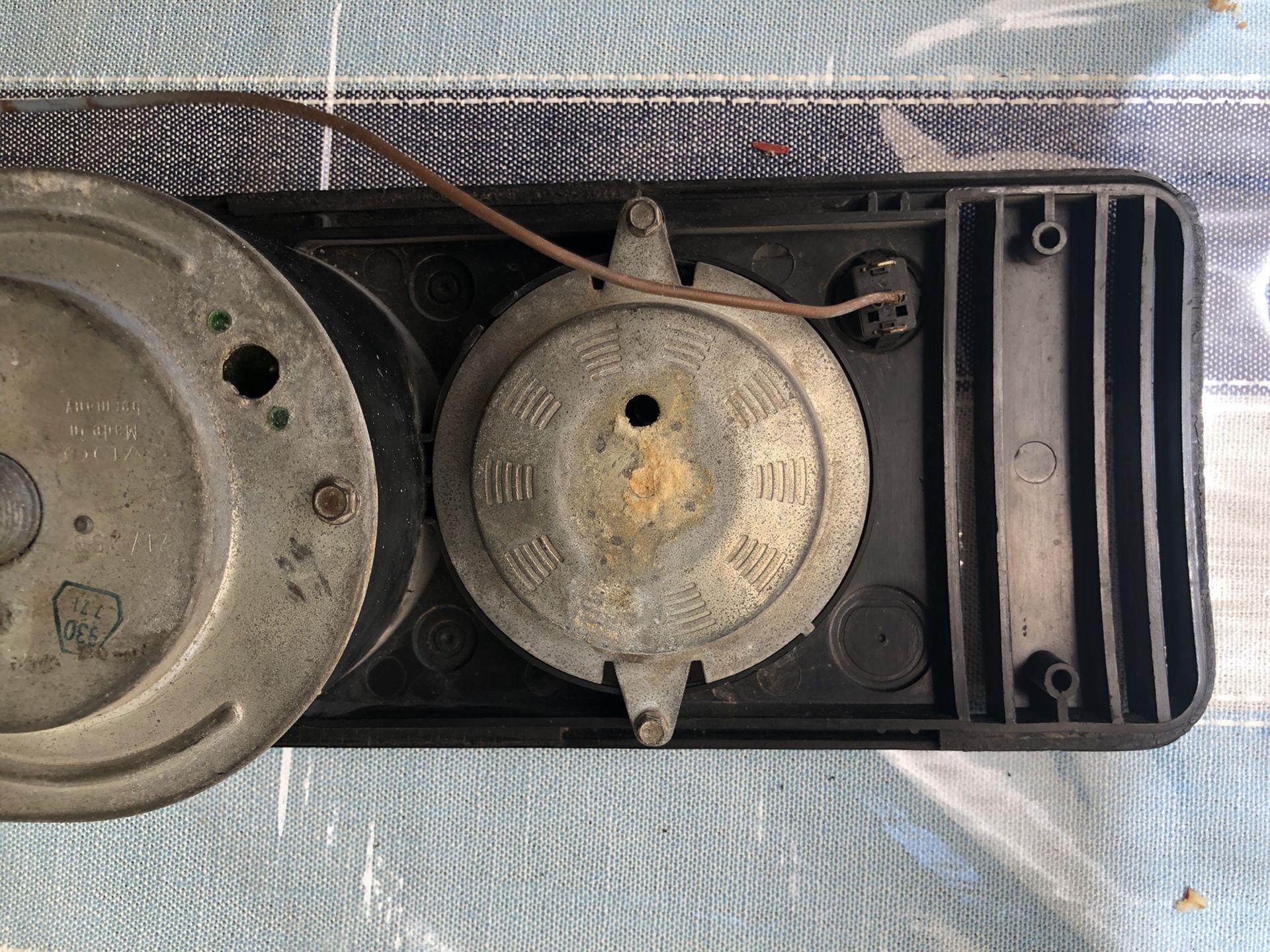 71  Volkswagen BUS INSTRUMENT PANEL cluster gas gauge speedometer 1970