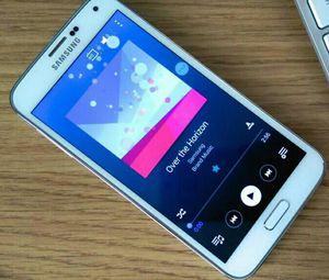 Samsung Galaxy S5, Unlocked, excellent condition for Sale in Arlington, VA