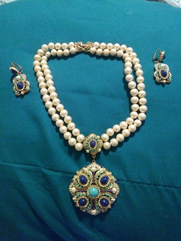 Vintage Antique Necklace And Clip On Earrings Set Jewelry Accessories In Miami Fl Offerup