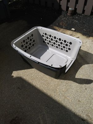 Small dog kennel for Sale in Upper Marlboro, MD