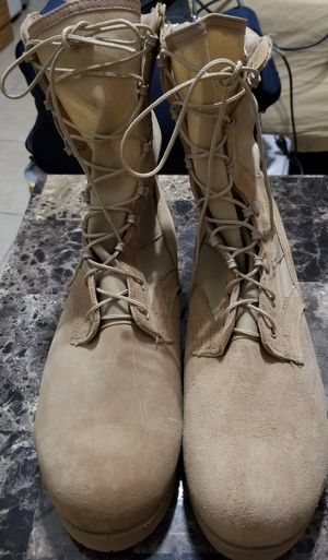Mans boots size 12 for Sale in Orlando, FL