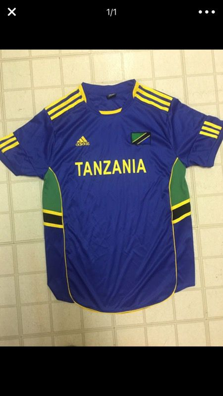 da23fc9a7 Adidas Tanzania World Cup soccer jersey men s size Large for Sale in ...