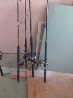 Two tyrnos 30 and two torium 30 on custum rods for Sale in Orlando, FL