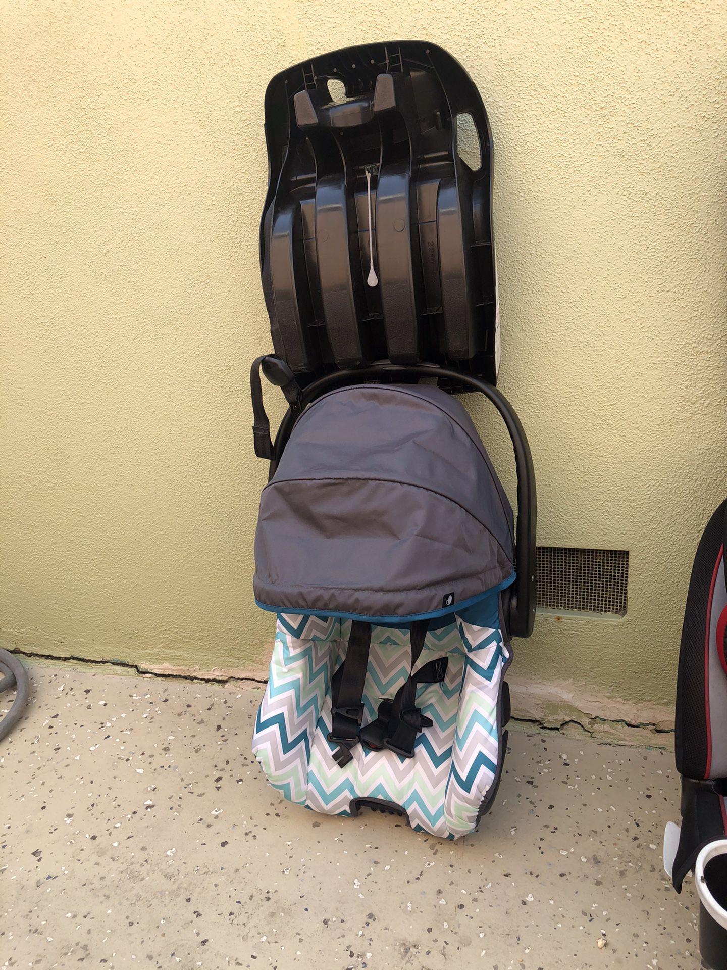 Baby car seat EVENFLO
