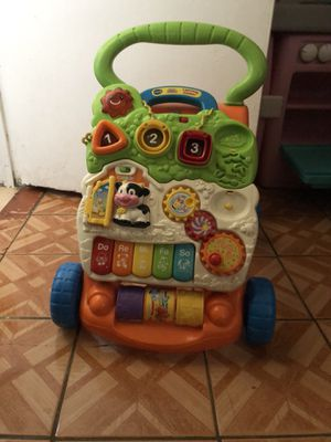 Walking toy for kids 1-3 for Sale in Los Angeles, CA