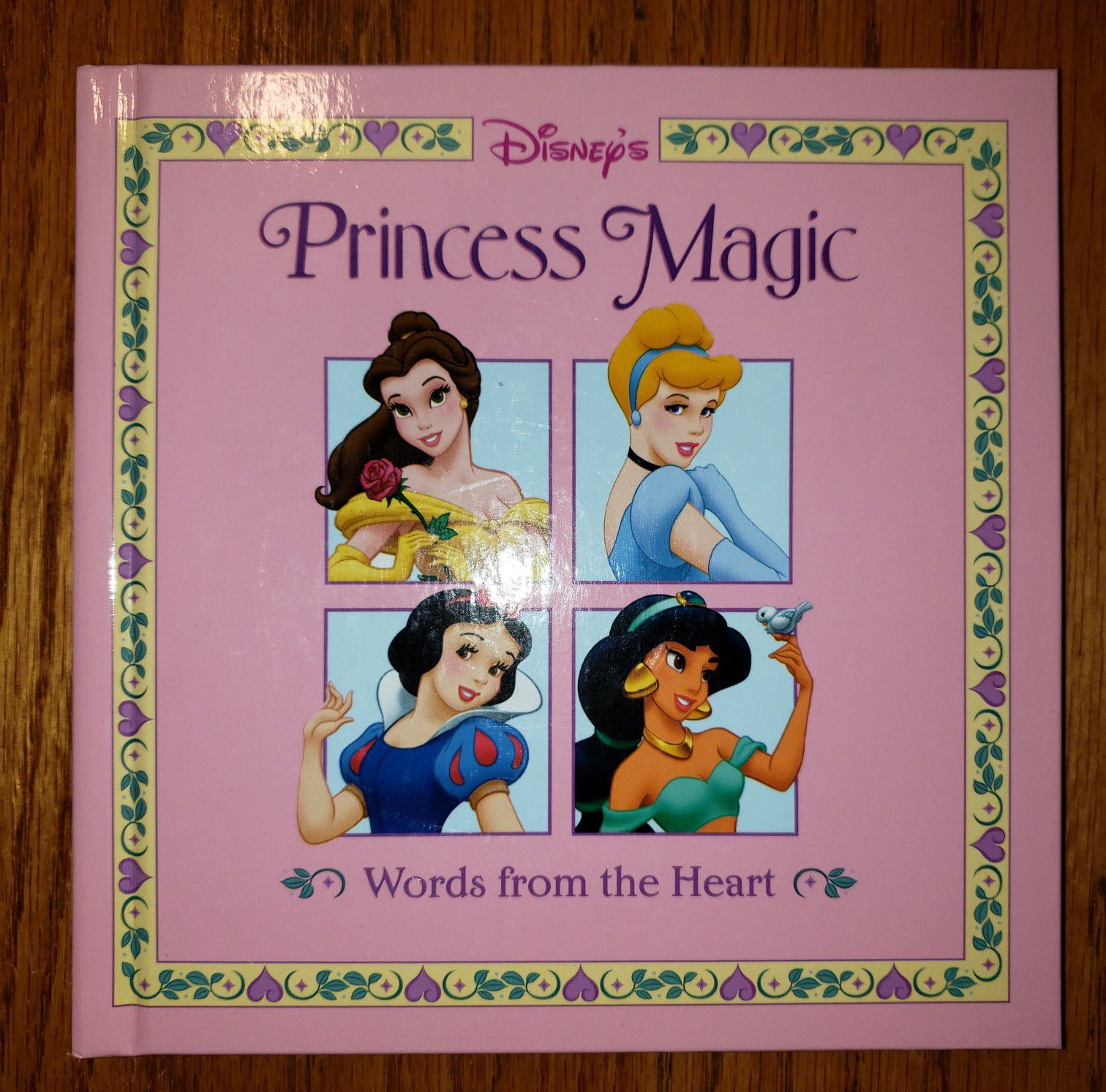 DISNEY'S Princess Magic Book Words from the Heart