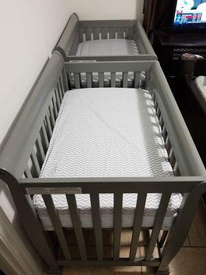 Baby Mini Crib for Sale in Pembroke Pines, FL