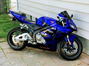 Photo 2005 Honda cbr 600rr $3,700