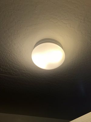 Used Ceiling Light Fixture for Sale in Phoenix, AZ