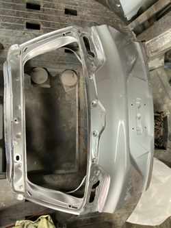 Honda 17-19 crv tailgate Thumbnail