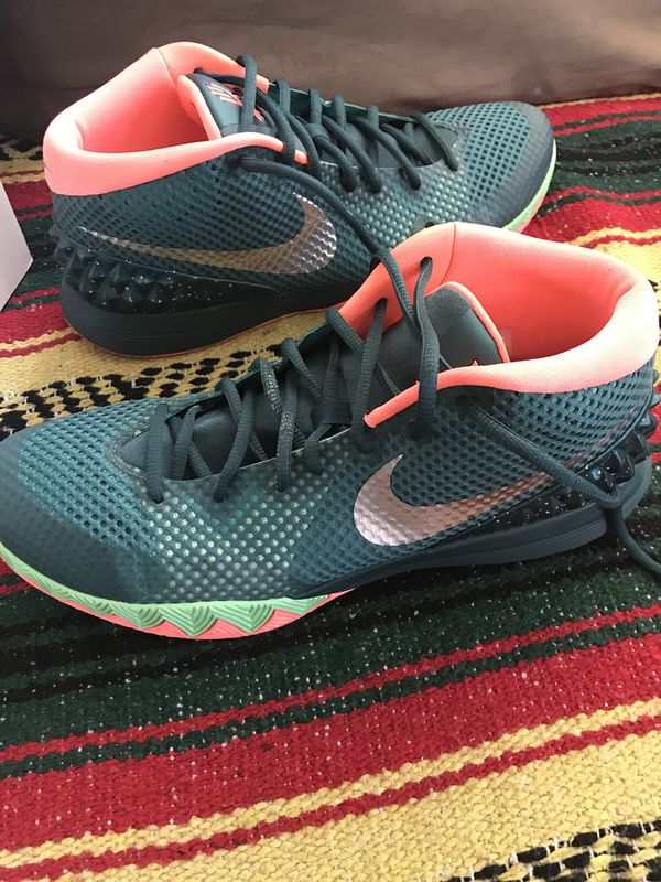 cheap for discount 97ce7 c0ef7 Nike Kyrie 1 men s size 11 basketball shoes