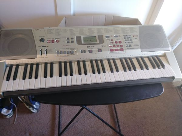 LK-94 T V  Casio  Keyboard Lighted for Sale in Vinton, VA - OfferUp