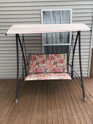 Patio furniture- 2 seater swing for Sale in Ashburn, VA