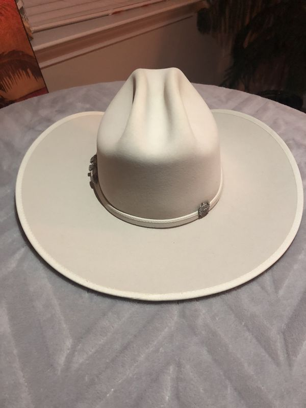 Rare brand new Cinch Felt Cowboy hat for Sale in Kernersville 68d6bc92f2f1