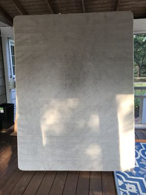 Queen size box spring - Free for Sale in Herndon, VA
