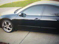 *ONE-OWNER.$800.00 Nissan Maxima 2OO4-CleanTitle-htusds for Sale in Baltimore, MD