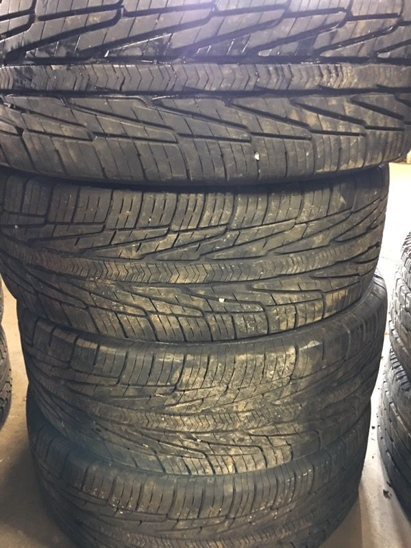 Goodyear used 215/60R17 Jeep Dodge Caliber 17 inch used tires for Sale in  Joliet, IL - OfferUp