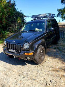 2004 Jeep Liberty Thumbnail