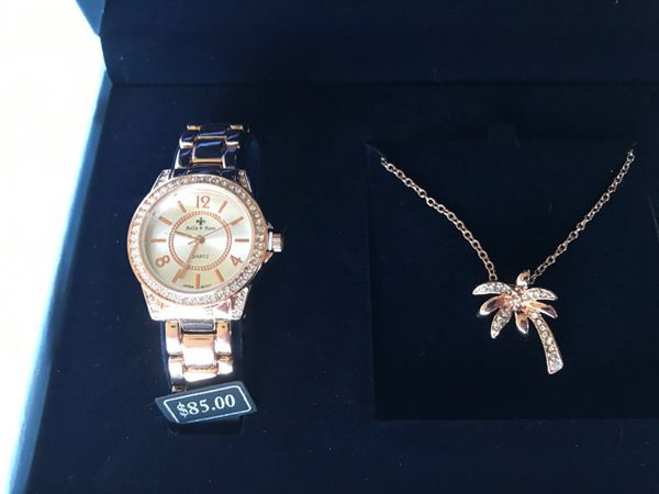 35edbab5270532 Bella & Rose Women's Palm Tree Necklace and Watch Set. for Sale in ...