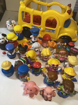 Photo Fisher Price Bus and Little People